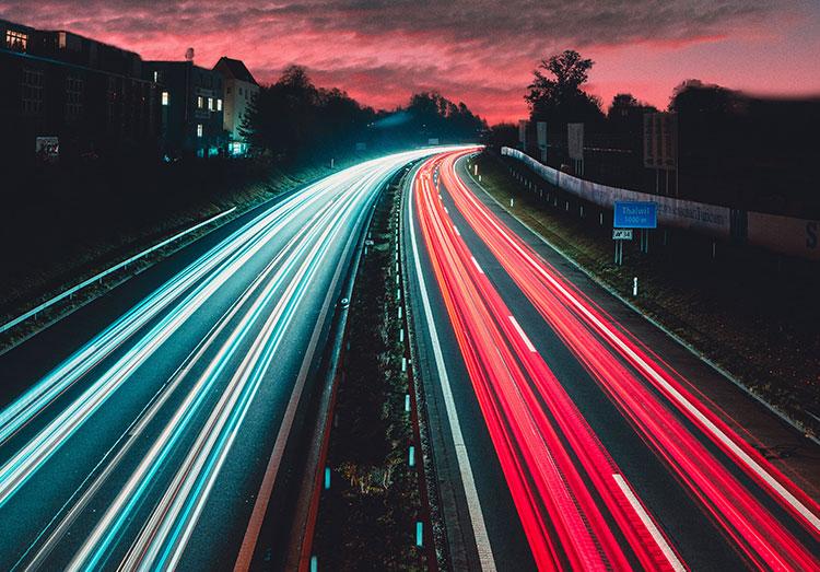 高速のイメージ画像