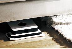 ソファーやベッドなどの下まできれいにお掃除してくれます
