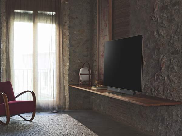有機ELテレビの画像