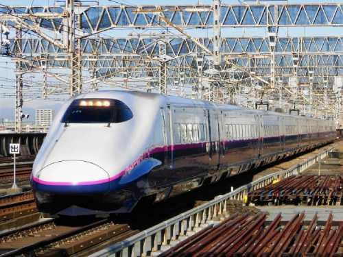 東北新幹線 E2の写真