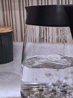 ガラスの電気ケトル