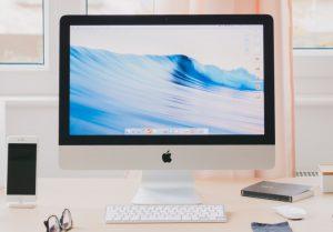 【2020年】現行のiMacは何種類?iMac ProとかMac Proとか何が違うの?Windowsユーザーにも違いを教えて!のアイキャッチ