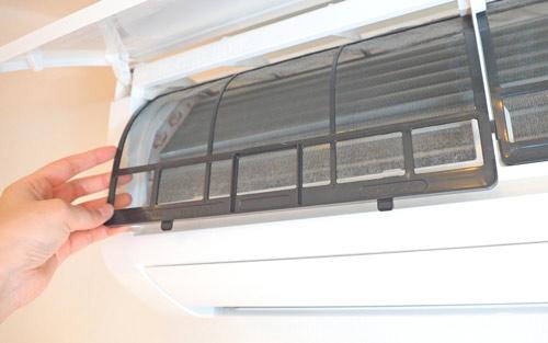 エアコンのフィルターの写真