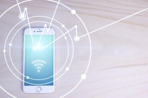 Wi-Fiに繋がるiPhoneのイメージ