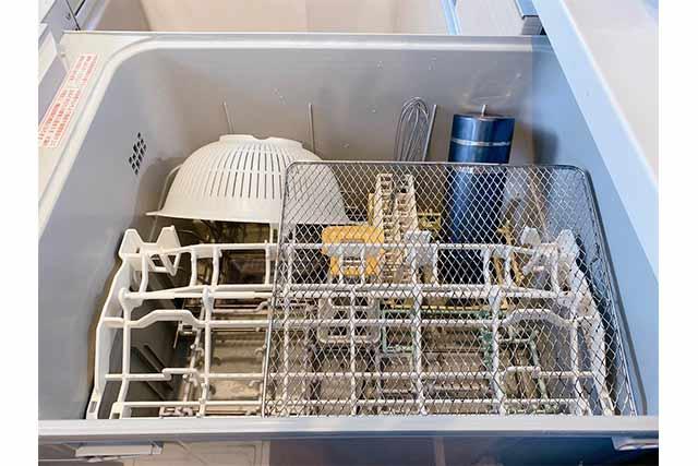 手洗いしにくい食器なども洗えるイメージ