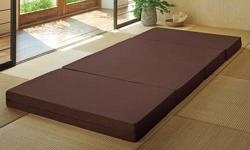 ノンコイルマットレスのベッドの画像
