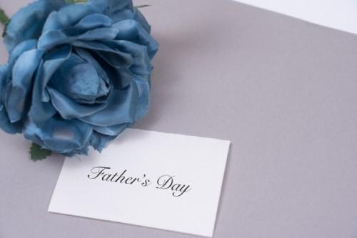 父の日にバラを贈るのはなぜ?