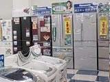 冷蔵庫コーナー お客様のサイズに合わせた容量別展示を行っております。